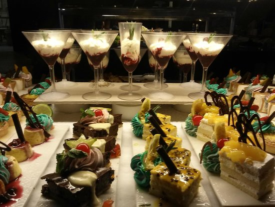 Hard Rock Hotel & Casino Punta Cana: Dessert selection at one restaurant