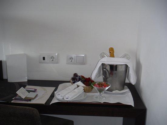 Axis Porto Business & Spa Hotel : notre accueil romantique