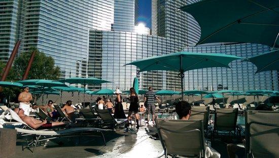 Vdara Hotel & Spa: Pool area