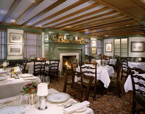 1789 Restaurant : John Carroll Room