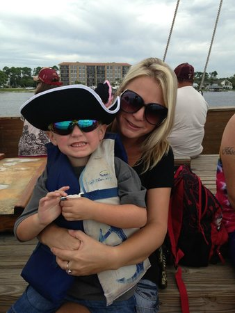 Phoenix on the Bay: Pirate cruise