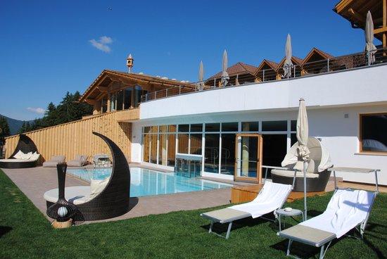 Hotel Alpen Tesitin: piscina
