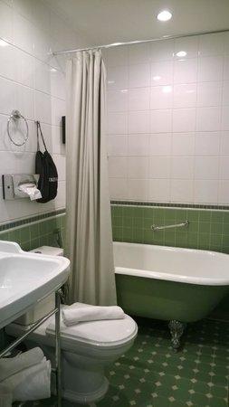 Solo Sokos Hotel Torni: Supreme Solo King bathroom