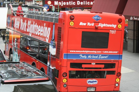 City Sightseeing New York: The Hop on Hop off Bus