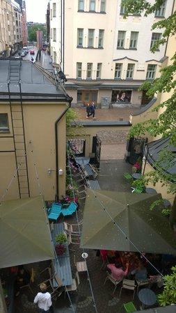 Solo Sokos Hotel Torni: Inner yard beer garden
