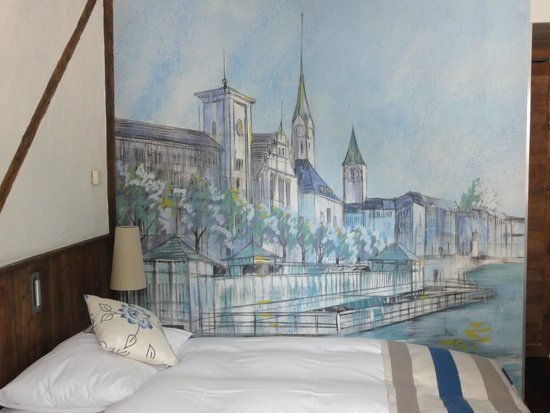 Hotel Adler Zurich : Lovely mural in our room.