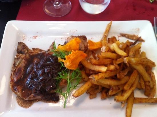 Restaurant JOANTO : Txuleta (grosse côte) de porc et frites maison