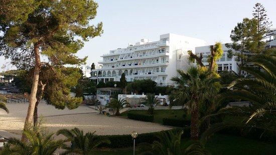 Gavimar Ariel Chico Club Resort: Vue Cala d'Or