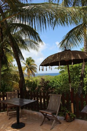 Le M Hotel Marie Galante: view from the breakfast/dining terrace