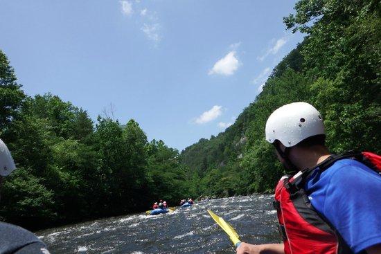 Raft Outdoor Adventures: Area surrounding the Pigeon River