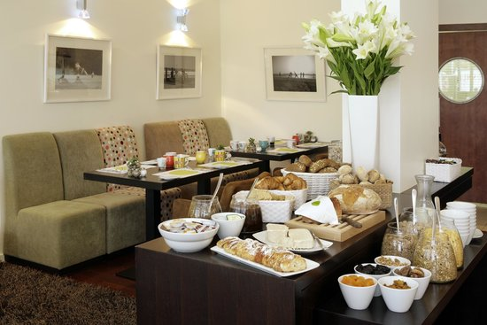Melody Hotel   Tel Aviv - an Atlas Boutique Hotel: Hotel Dining and Breakfast