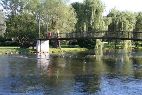 Bellefonte, Pensilvanya: Bridge over Spring Creek