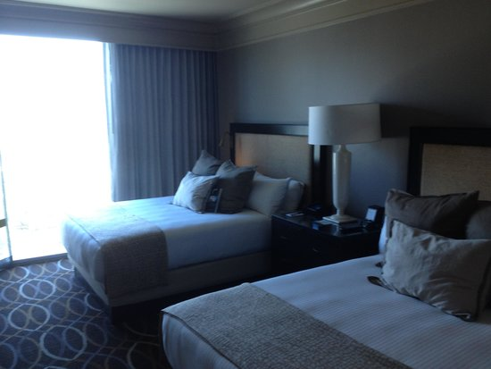 Omni Dallas Hotel : Nice Beds