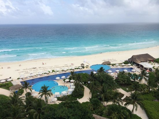 Live Aqua Beach Resort Cancun : View from our room-no filter!