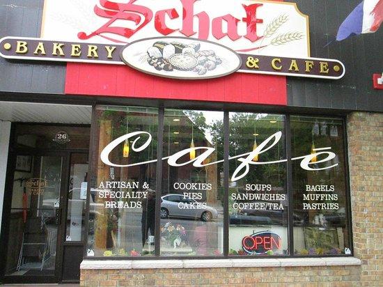 Schat bakery & Cafe: Entrance