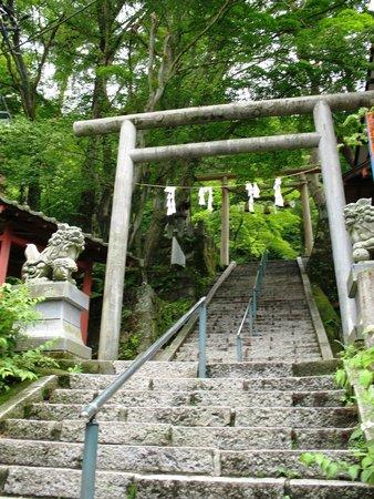 Ikaho Shrine: Подъём к святилищу