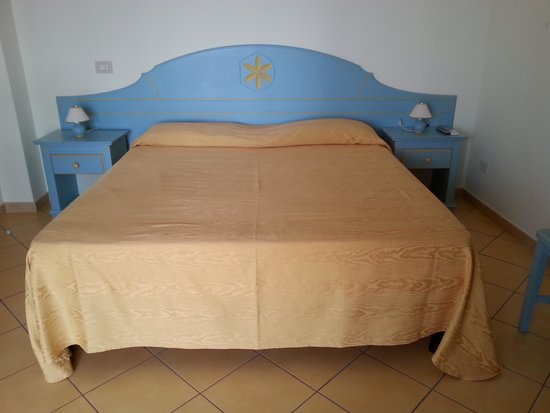 Hotel Residence Acquacalda: camera da letto