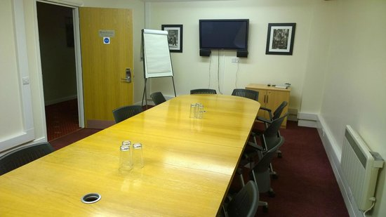 The Sharnbrook Hotel: Boardroom