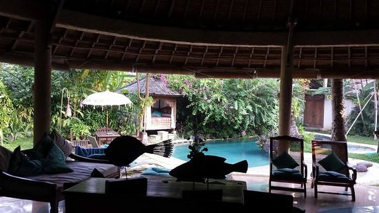 Taman Wana Ayurvedic Luxury Hotel and Villas in Seminyak: View from the bedroom to the outside living room and the pool