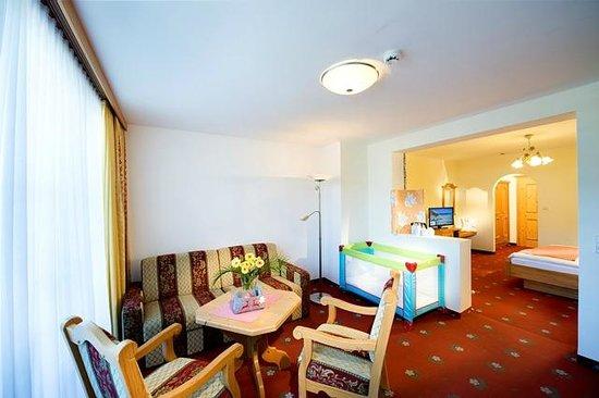 Kinderhotel Rudolfshof Vitality: Wohnbereich Familiennest