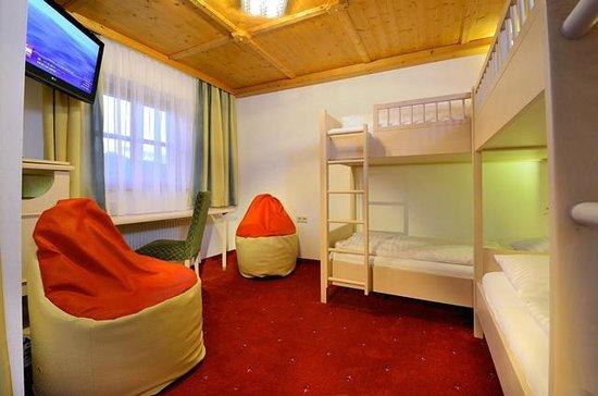 Kinderhotel Rudolfshof Vitality: Kinderzimmer Familiehorst