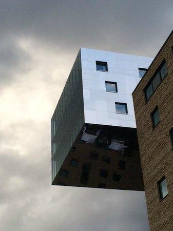 nhow Berlin: suite op 10de heeft een grote raampartij met geweldig uitzicht