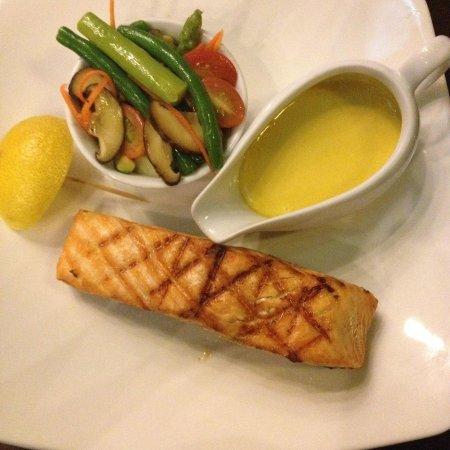 El Gaucho - Argentinian Steakhouse: Salmon