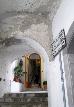 Albergo Sant'Andrea: the entrance of the hotel