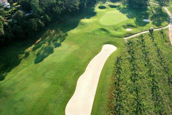 Golf Club Barbaroux: Trou N°1