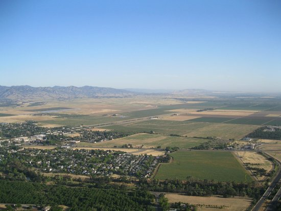 Balloons Above the Valley: 2300 feet above Napa Valley-YES!