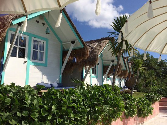 Le Pirate Beach Club Hotel Nusa Ceningan: Bungalow
