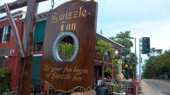 Swizzle Inn: Entrance