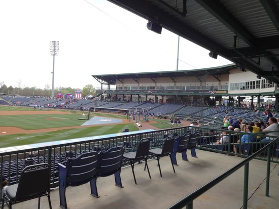 Trustmark Park: Wonderful open stadium