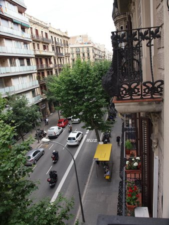 Splendom Suites: 2nd floor view