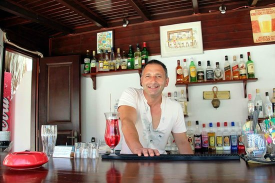 Arion Bay Hotel: Ellias, the kindest manager