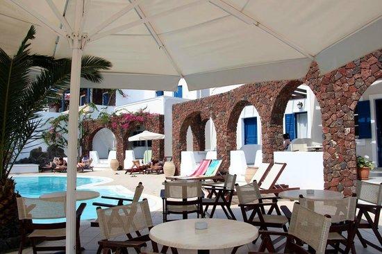 Arion Bay Hotel: Breakfast area