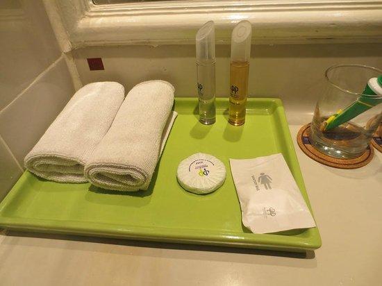 Sanur Paradise Plaza Suites : toiletries