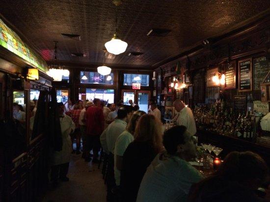P.J. Clarke's : Bar Scene