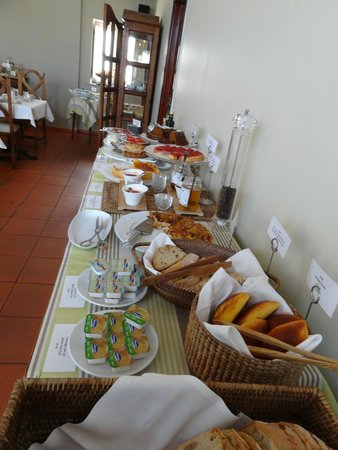 Albergaria do Calvario: Excellent breakfast, you can even order what you want