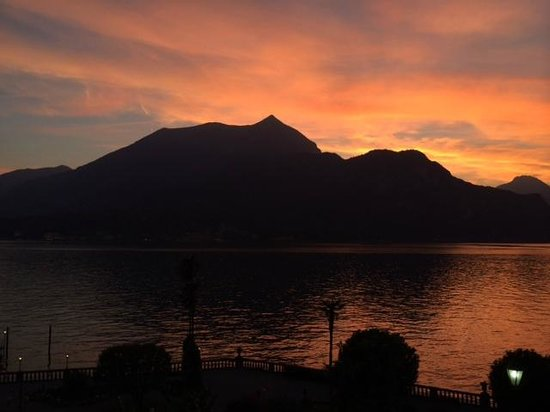 Grand Hotel Villa Serbelloni: Sundown view from room