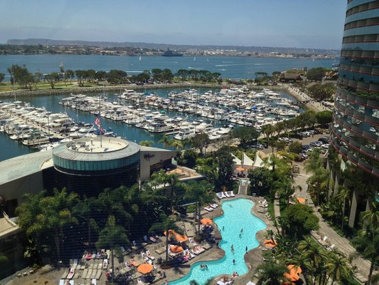 Marriott Marquis San Diego Marina : view from a 10th floor, south tower, oceanview room