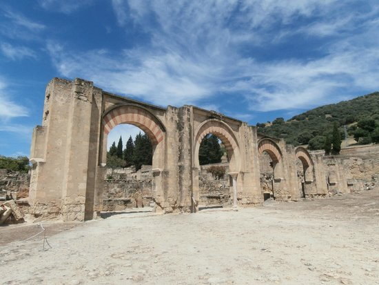 Archaeological Ensemble of Madinat Al-Zahra : portico Orientale