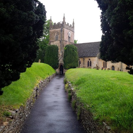 Cotswold Way: Local church in Upper Slaughter