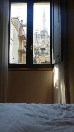 Rosa Grand – Starhotels Collezione : Duomo view