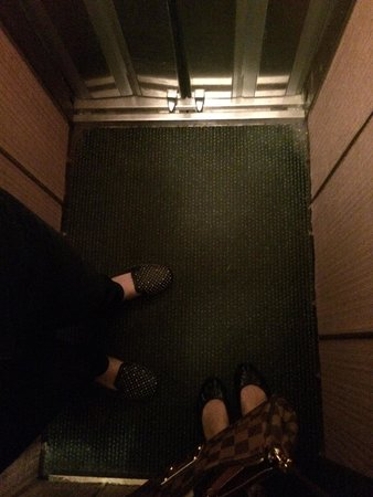Hotel Chopin: The lift