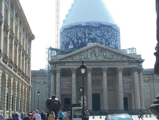Pantheon: Exterior shrouding