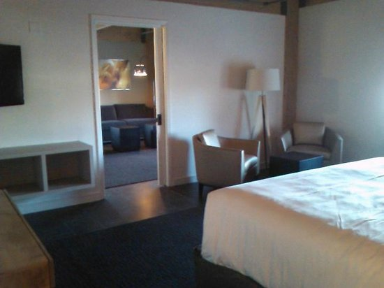 Harbor House Hotel & Marina at Pier 21: Suite