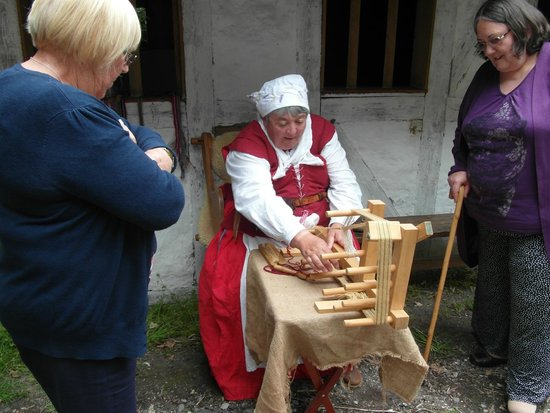 Little Woodham Living History Village: Making woven braids and laces