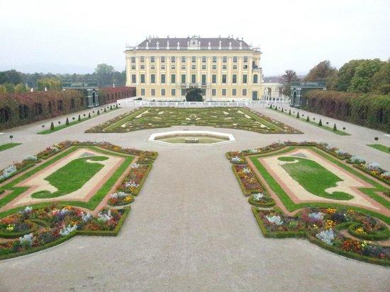 Schloss Schönbrunn: Palace Garden