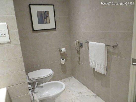 Corinthia Hotel Lisbon: Toilette